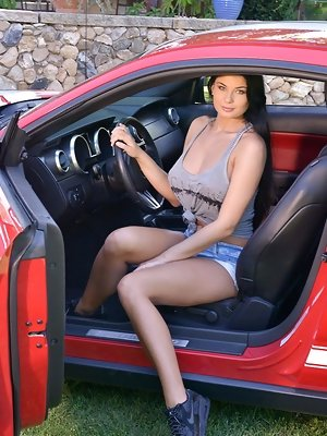 College Babe Turns Off The Car And Gets Turned On